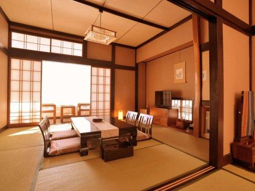 栃木県 湯西川温泉上屋敷 平の高房